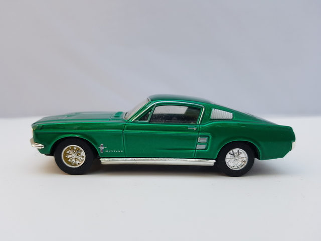'67 Ford Mustang Fastback 2+2 [DY16]  Dinky – Matchbox 1990