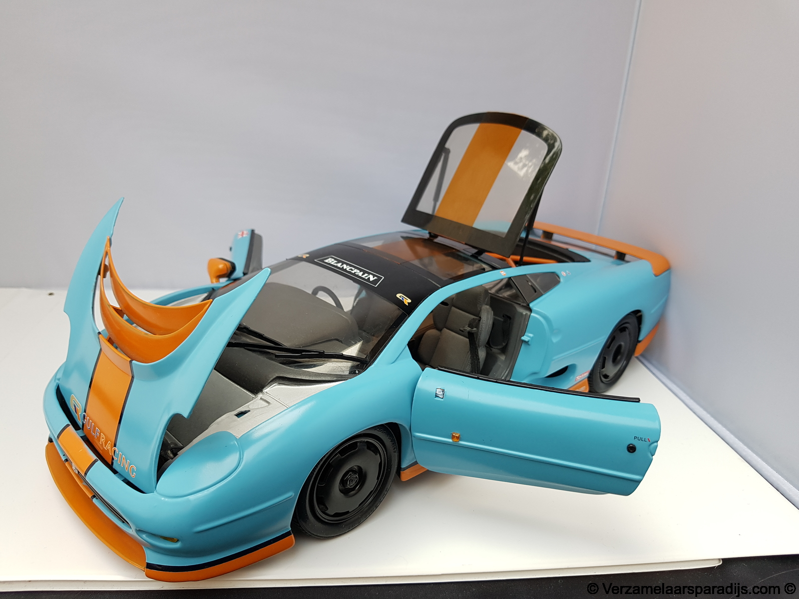 Jaguar Xj220 Maisto Gulf Racing Colors Custom Made Verzamelaars Paradijs